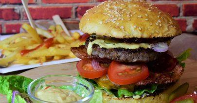 burger-3962997_640
